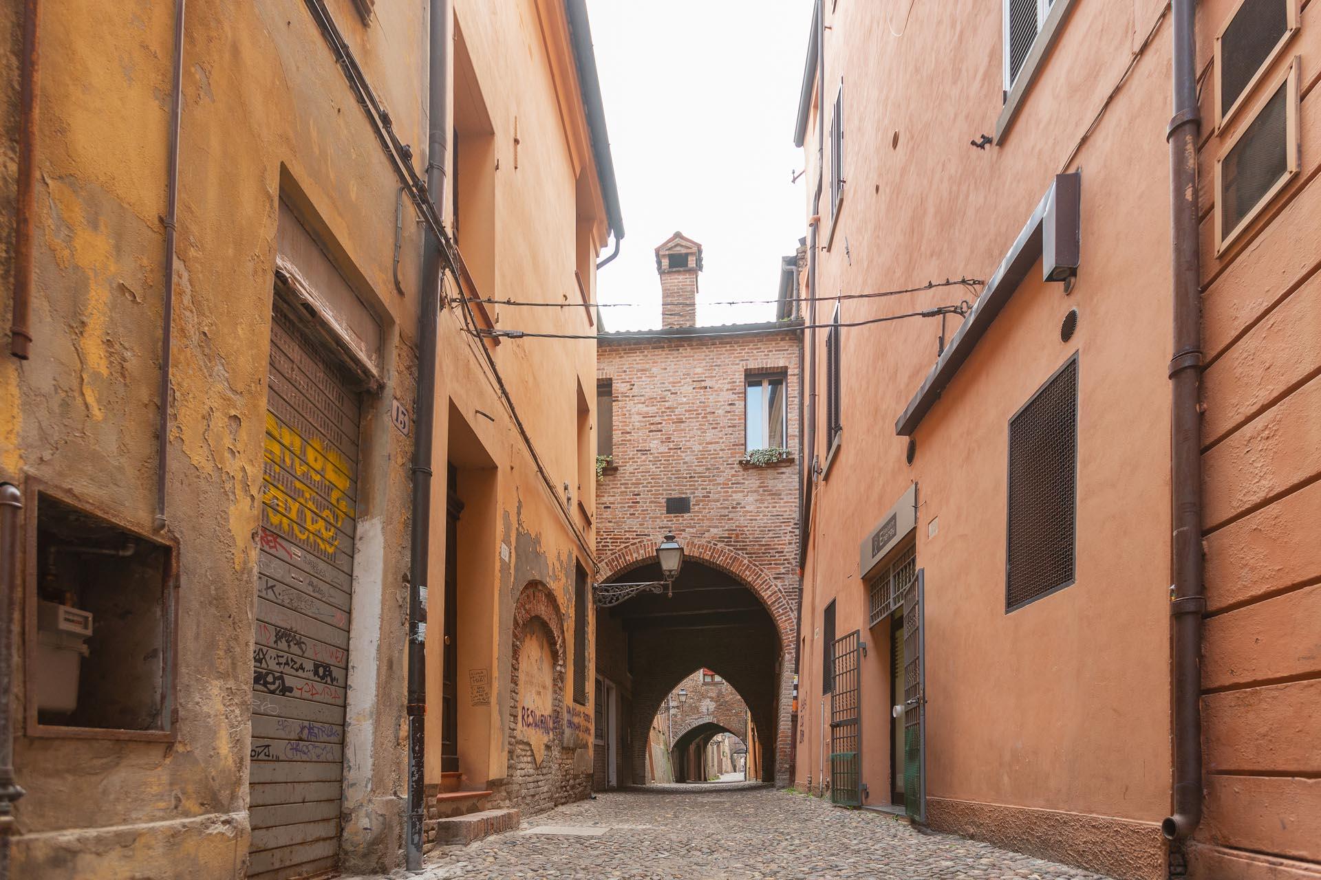 Ferrara - Via delle Volte
